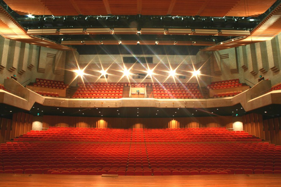 Llewellyn_Concert_Hall_Australian_National_University2_Arup_900x600